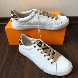 NEW Guess Sneakers